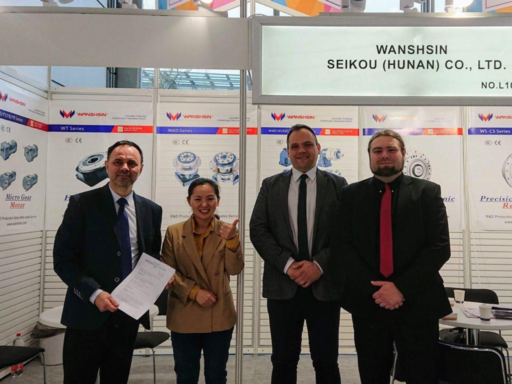 Podpisanie umowy Eldar Wanshsin Hannover Messe 2019